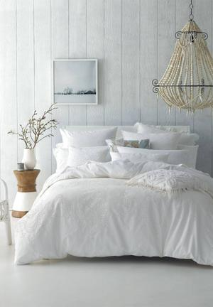 Linen House Rosie Duvet Set Bedding White