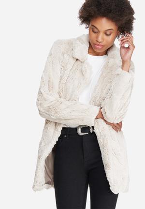 Vero Moda Ellen Faux Fur Jacket Beige