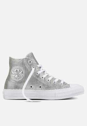 Converse Chuck Taylor All Star II Hi Perf Leather Sneakers Silver / White