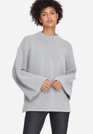 Dailyfriday Oversized Trumpet Sleeve Knit Knitwear Grey