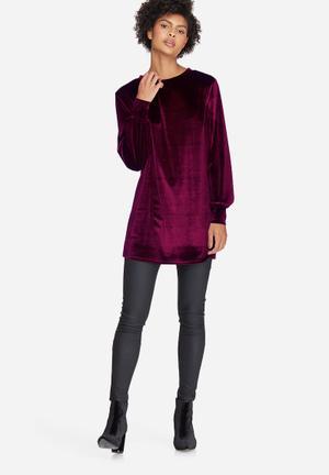 Dailyfriday Velvet Sweat Dress Casual Burgundy
