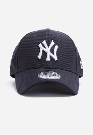 New Era 39Thirty Diamond Era NY Yankees Headwear Black