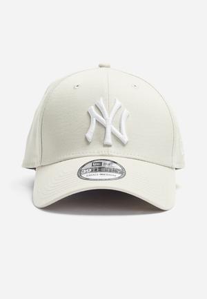 New Era 39Thirty NY Yankees Headwear Beige