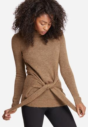 Vero Moda Ginger Funnel Neck Knit Knitwear Brown