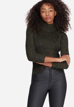 Vero Moda Camille Funnel Neck Knit Knitwear Green & Black