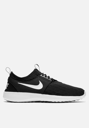 Nike W Juvenate Sneakers Black / White
