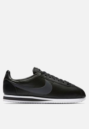 Nike Classic Cortez Leather Sneakers Black / Dark Grey / White