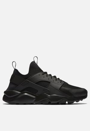 Nike Air Huarache Run Ultra Sneakers Black / Black