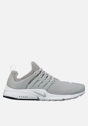Nike Air Presto ESS Sneakers Wolf Grey / White
