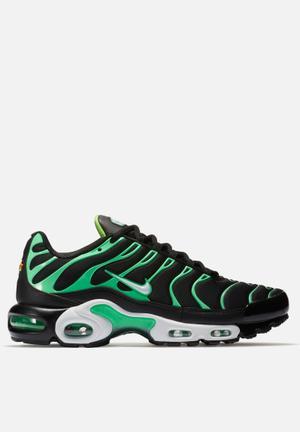 Nike Nike Air Max Plus Sneakers Black / White / Electro Green