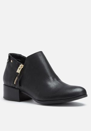 Call It Spring Etalicie Boots Black