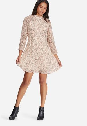 Vero Moda Harly Flower Dress Casual White, Burgundy, Peach & Pink