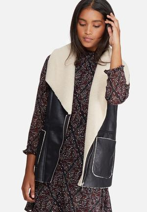 Vero Moda Smile Waistcoat Jackets Black