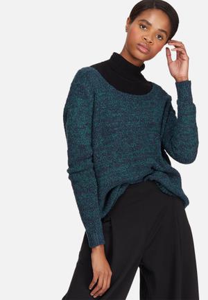 Vero Moda Tenna Off-shoulder Knit Knitwear Blue & Navy Melange