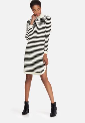 Vero Moda Trish Roll Neck Dress Casual Black & White