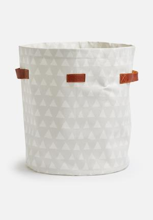 Love Milo Triangle Laundry Basket Bath Accessories 100% Cotton, Waterproof Inner Lining, Water Resistant Outer Canvas & Leather Handles