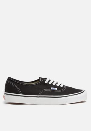 Vans Authentic 44 DX Anaheim Factory Sneakers Black