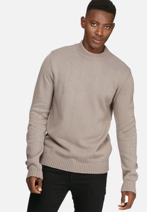 Basicthread High Neck Chunky Knit Knitwear Light Brown