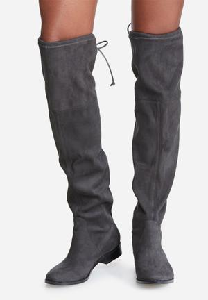 Steve Madden Odina Boots Grey