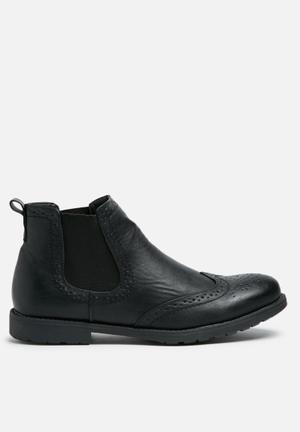 Charles Southwell Denzil Boots Black