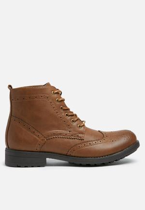 Charles Southwell Chesney Boots Tan
