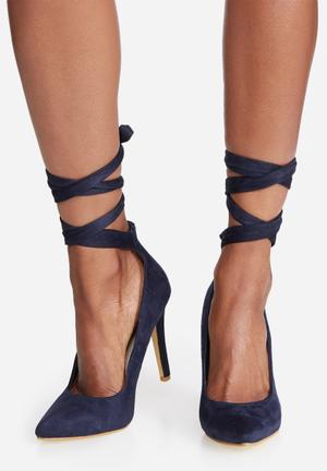 Footwork Clover Heels Navy
