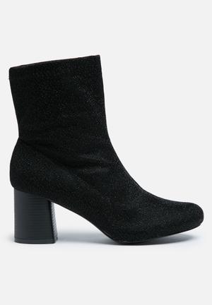 Truffle Triny Boots Black