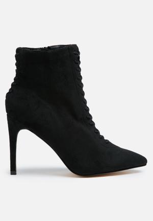 Truffle Nova Boots Black