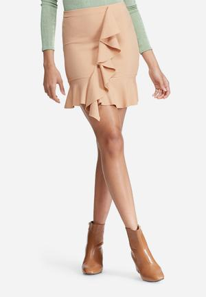 Missguided Stretch Crepe Frill Front Mini Skirt Nude