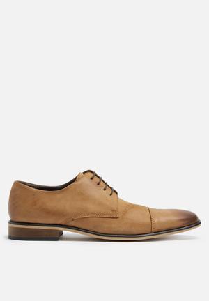 Basicthread Kwezi Leather Derby Formal Shoes Tan