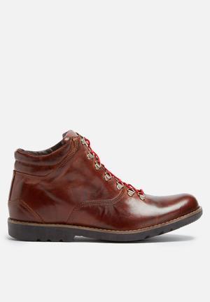 Basicthread Tinashe Leather Boot Tan
