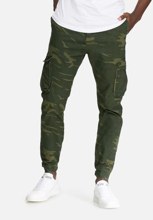 Sergeant Pepper Camo Slim Utility Pants Green