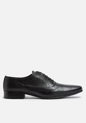 Basicthread Raymond Leather Brogue Formal Shoes Black