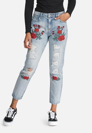 ONLY Tonni Embroidered Boyfriend Jeans Blue