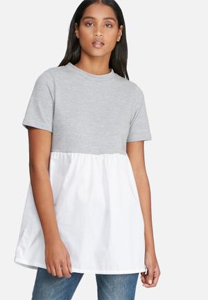 Noisy May Zandi Top Blouses Grey & White