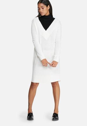 Jacqueline De Yong Ryder V-neck Dress Formal Cream