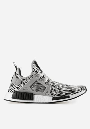 Adidas Originals NMD_XR1 Primeknit Sneakers Core Black / Solid Grey / Ftw White