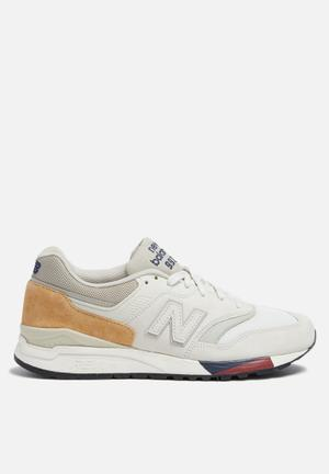 New Balance  ML997HCB Sneakers  White