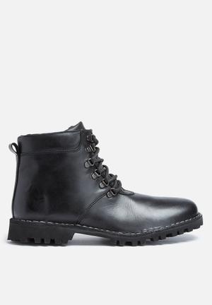 Basicthread Siya Leather Boot Black