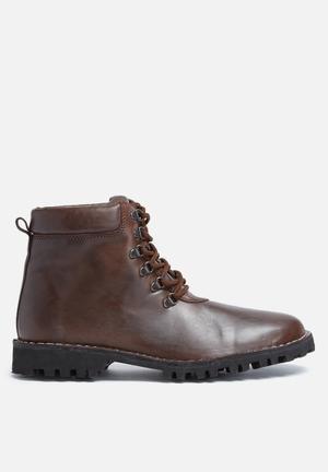 Basicthread Siya Leather Boot Brown