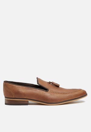 Basicthread Percy Leather Loafer Tan
