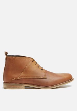 Basicthread Mpho Leather Boot Tan