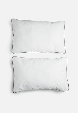 Sixth Floor Black Piping Pillowcase Set Bedding 200TC Cotton