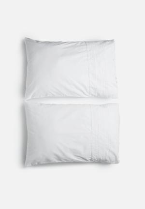 Sixth Floor Anglaise Pillowcase Set Bedding 200TC Cotton