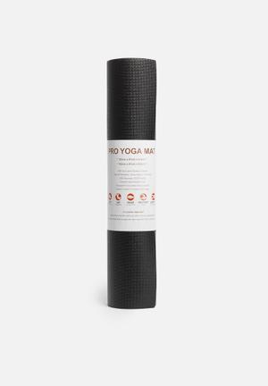 Terra Yoga Yoga Mat Pro Fitness Trackers & Accessories Black