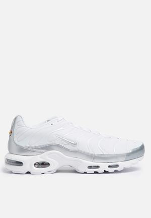 Nike Air Max Plus Sneakers White / Metallic Silver