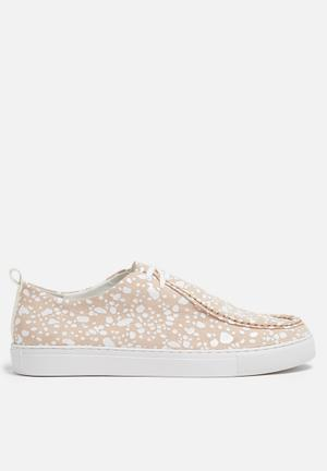 E8 By Miista Anaya Sneakers Nude & White