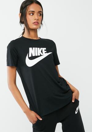 Nike Essential Tee T-Shirts Black & White