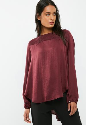 Dailyfriday Pleat Back Blouse Burgundy