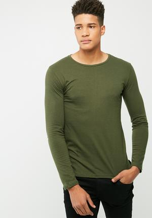 Basicthread Plain Tail Crew Neck Tee T-Shirts & Vests Green
